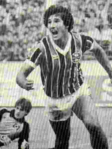 Renato Gaúcho comemora gol em Grêmio x Hamburgo, no Mundial de Clubes de 1983 - Reprodução/Grêmio