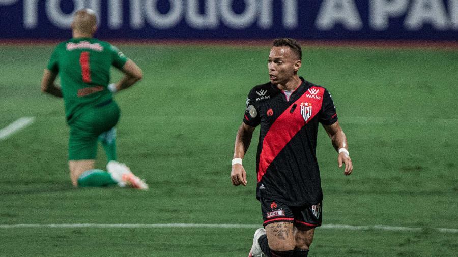Janderson comemora gol do Atlético-GO; atacante trabalhou com Mancini e deve voltar - Heber Gomes/AGIF
