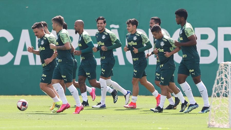 Jogadores do Palmeiras, durante treino na Academia de Futebol - Cesar Greco