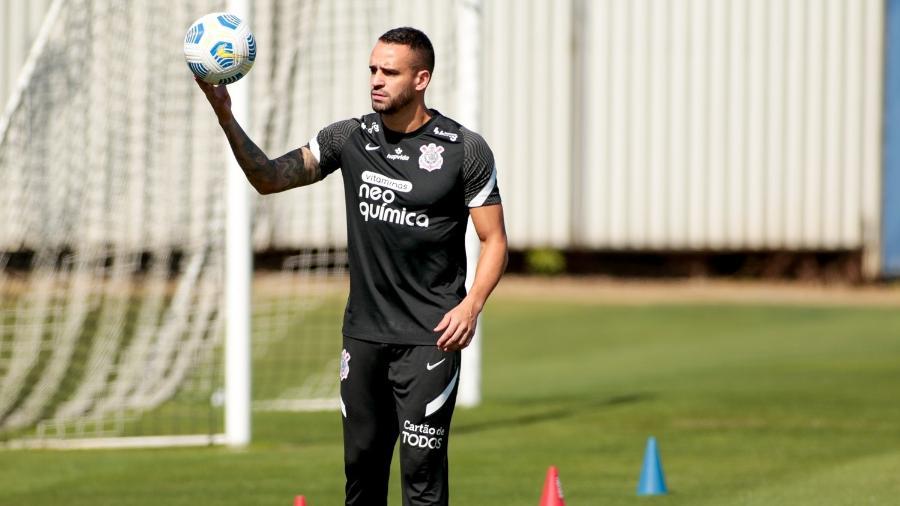 Renato Augusto foi a campo pela primeira vez após seu retorno ao Corinthians, mas ainda não treinou com o grupo  - Rodrigo Coca/ Ag. Corinthians