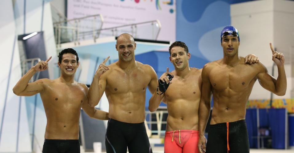 Luiz Altamir, João de Lucca, Thiago Pereira e Nicolas Oliveira conquistaram o ouro para o Brasil no revezamento 4x200 m livre