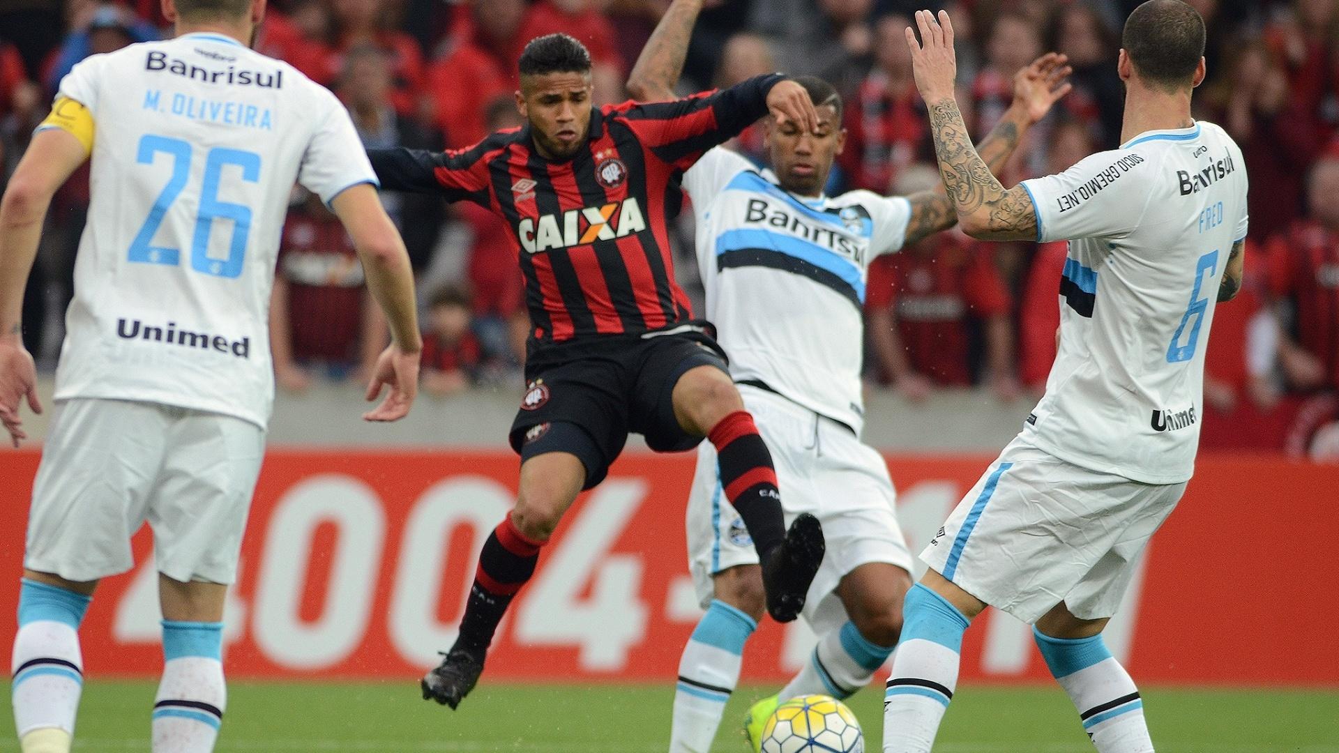 Atlético-PR enfrenta o Grêmio na Arena da Baixada