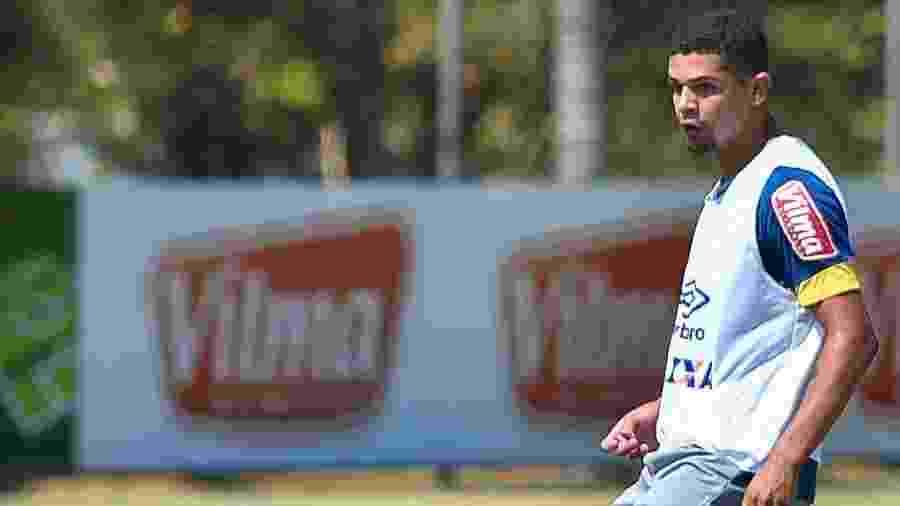 Denílson foi volante do Cruzeiro em 2016. Clube tenta acordo por dívida pelo seu empréstimo - Pedro Vilela/Light Press/Cruzeiro