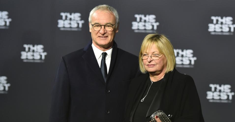 Ranieri ao lado da mulher Rosanna no prêmio da Fifa
