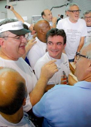 Andrés, entre Gobbi e Roberto, nas eleições de 2015: apoio cobiçado