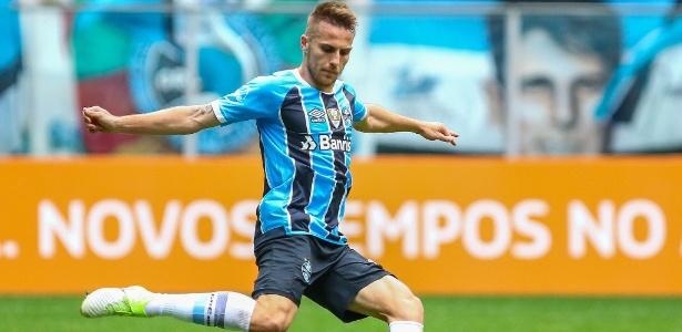 Bressan ganha força com apoio de Renato Gaúcho no Grêmio e rendimento cresce