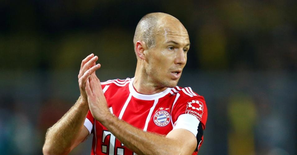 Robben bate recorde de brasileiro em vitória do Bayern