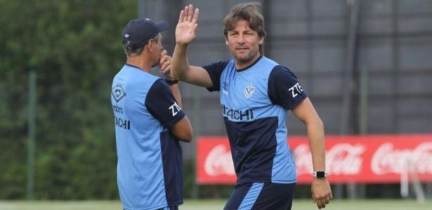Heinze começou a carreira de técnico em junho de 2015 e está no terceiro clube