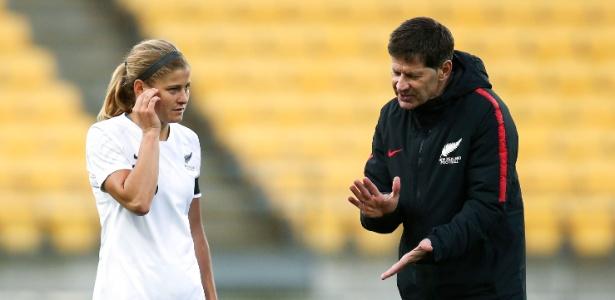 Andreas Heraf foi treinador da seleção feminina da Nova Zelândia - Hagen Hopkins/Getty Images