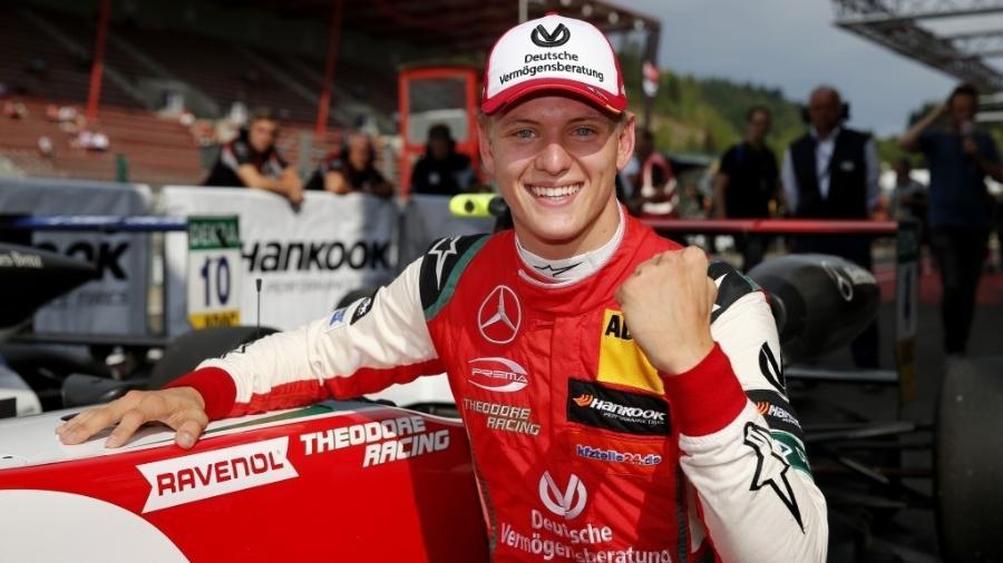 Mick Schumacher será um dos três pilotos da academia da Ferrari na F-2 - Divulgação/Prema Racing