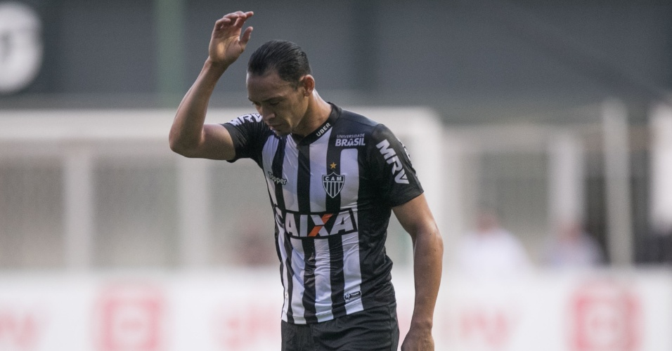 Ricardo Oliveira, durante jogo entre Atlético-MG e Grêmio