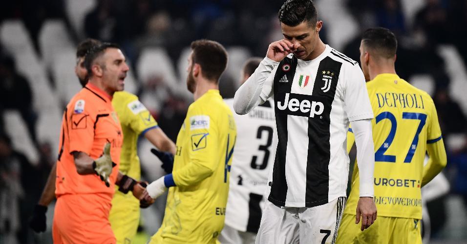 Reação de Cristiano Ronaldo após perder pênalti contra o Chievo