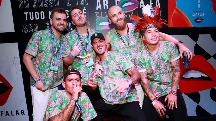 Gabriel Medina e amigos de Neymar curtem o Carnaval no Rio  - Iwi Onodera/Brazil News