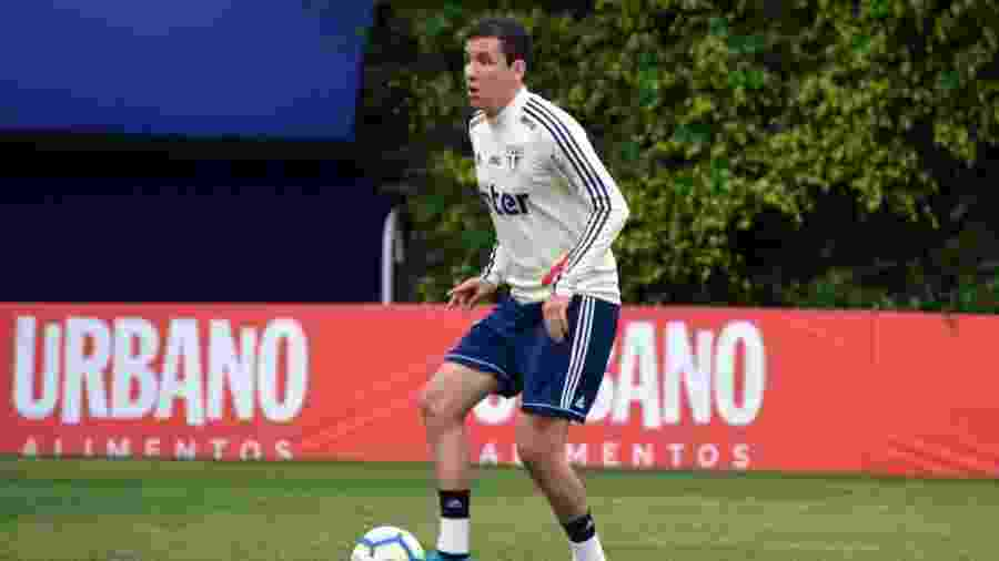 Pablo treina no CT do São Paulo, na Barra Funda - Érico Leonan / saopaulofc.net