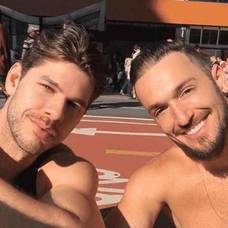 Diego Hypolito posa com o namorado Marcus Duarte  - Reprodução/Instagram