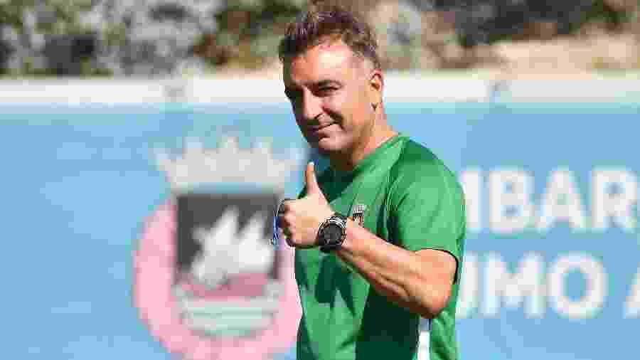 Carlos Carvalhal, técnico do Braga; cotado no Fla, ele elogiou o clube, mas rejeitou se transferir para o Brasil durante a pandemia - Reprodução/Twitter