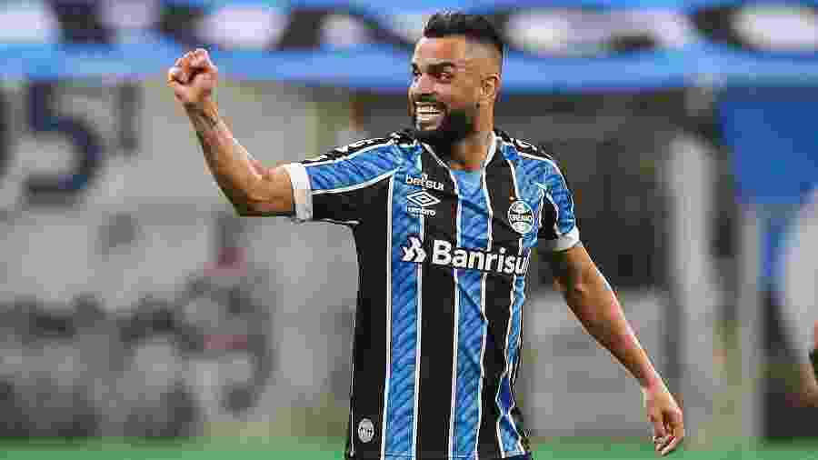 Maicon comemora gol do Grêmio contra o Internacional, na final do segundo turno do Gauchão 2020 - Pedro H. Tesch/AGIF