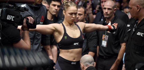 Ronda Rousey encara Amanda Nunes no próximo dia 30 de dezembro - PAUL CROCK/AFP