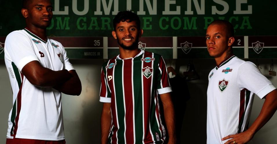 Marlon, Scarpa e Douglas com as novas camisas