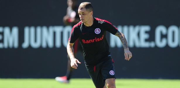 D'Alessandro treina no Internacional e deve enfrentar o Corinthians, quarta-feira