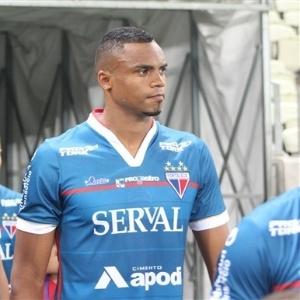 Zagueiro Edimar é um dos jogadores envolvidos no episódio