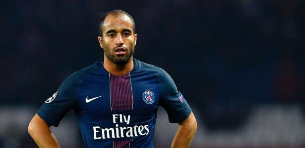 Lucas deverá deixar o PSG em janeiro para equilibrar as contas do clube