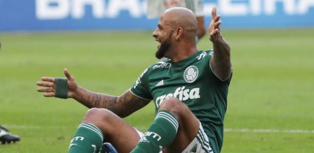 Felipe Melo reclama de lance no jogo Palmeiras x Chapecoense no Allianz Parque pelo Campeonato Brasileiro 2018