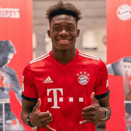AlphonsoDavies sente dores na coxa e virou duvida para jogo do Bayern - Divulgação