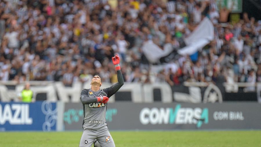 Gatito Fernández é um dos principais jogadores do Botafogo, mas pode deixar clube - Thiago Ribeiro/AGIF