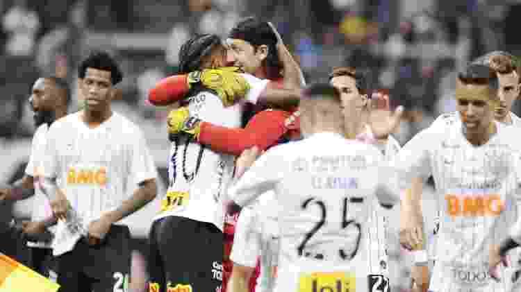 Corinthians comemora gol - Alan Morici/AGIF - Alan Morici/AGIF