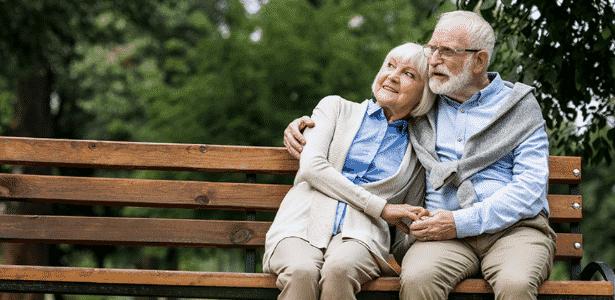 casal idoso - uol - uol