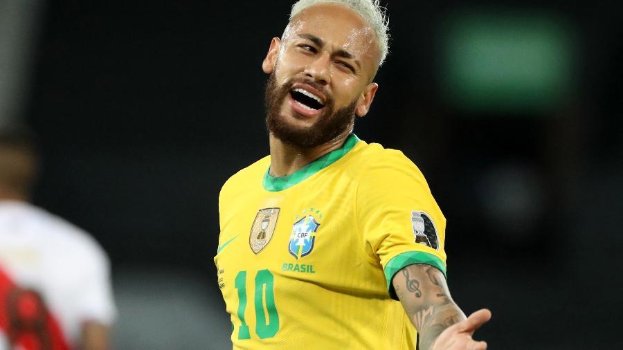 Neymar durante a partida entre Brasil e Peru pela Copa América - REUTERS