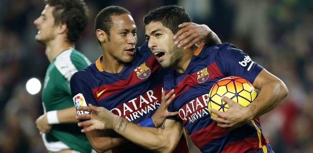 Suárez defendeu o companheiro de equipe das críticas sofridas pela má fase do Barcelona