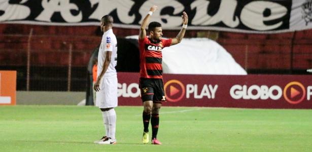 Rogério marcou 21 gols com a camisa do Sport - Clelio Tomaz/AGIF