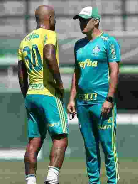 Eduardo Baptista e Felipe Melo durante treino - Cesar Greco/Ag. Palmeiras - Cesar Greco/Ag. Palmeiras