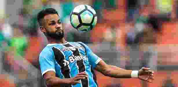 Meia-atacante está entre os 10 jogadores que mais atuaram no Grêmio em 2017 - Ale Cabral/AGIF