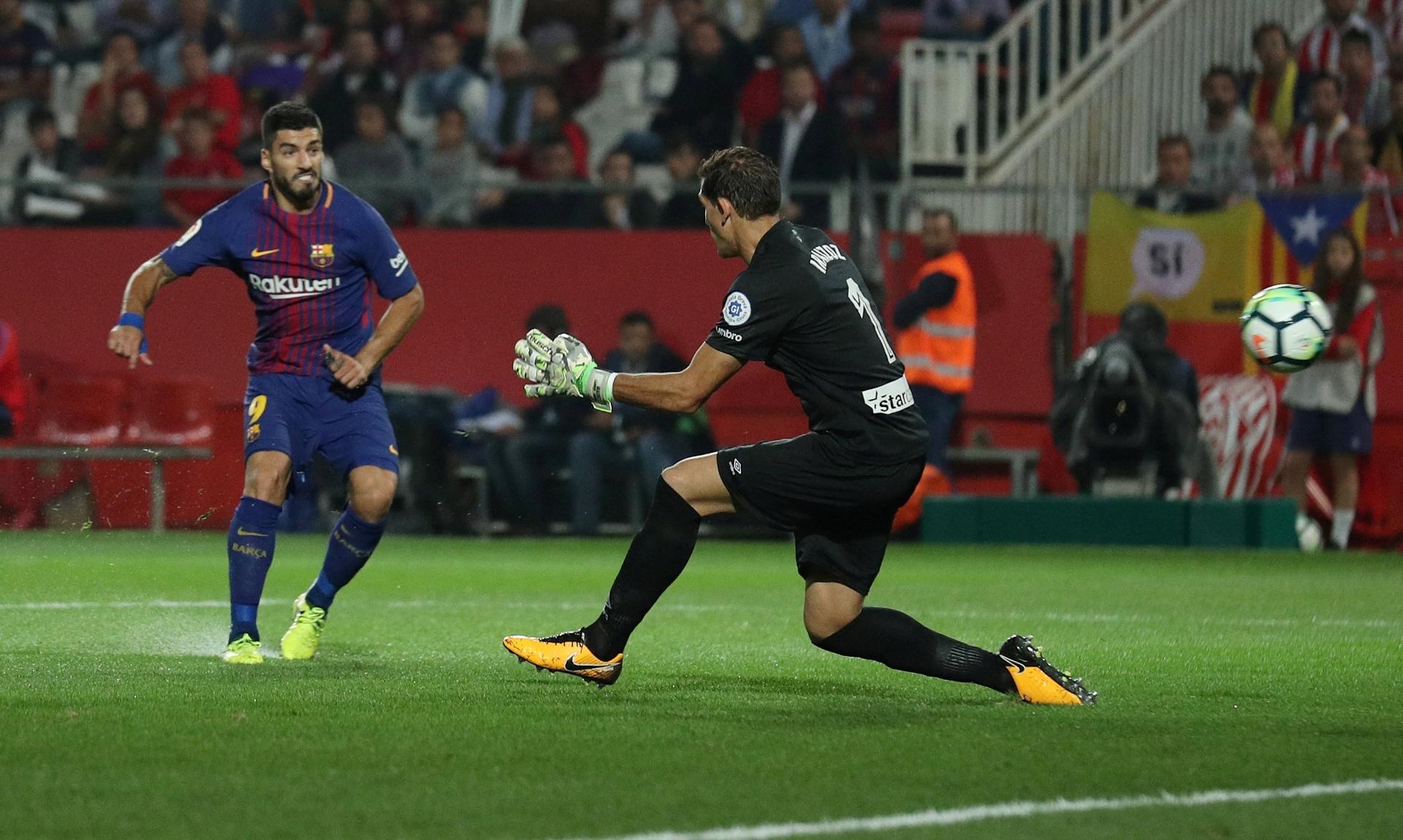 7029bf5bb6 Barcelona vence Girona em derby catalão com tom político e continua líder -  23 09 2017 - UOL Esporte