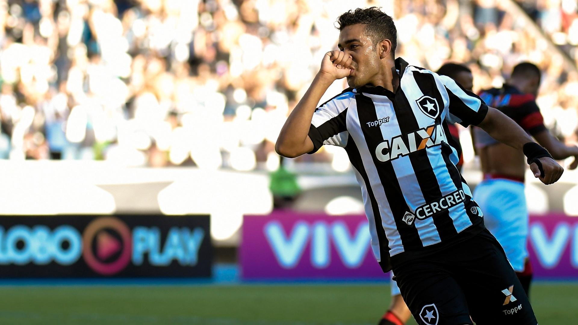 Brenner comemora o gol de empate do Botafogo contra o Vitória