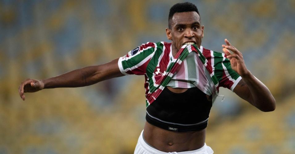 O zagueiro Digão anotou o primeiro gol do Fluminense contra o Defensor