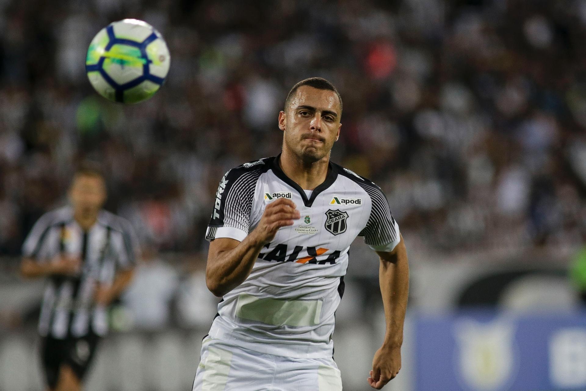 Palmeiras anuncia contratação de Arthur Cabral por cinco anos - 30 11 2018  - UOL Esporte cfe139c407a0d