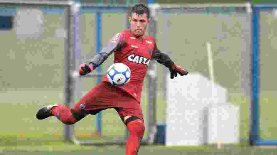 Cristian, goleiro do sub-17 do Atlético-MG, se acha parecido com Victor, ídolo do clube - Divulgação/Atlético-MG