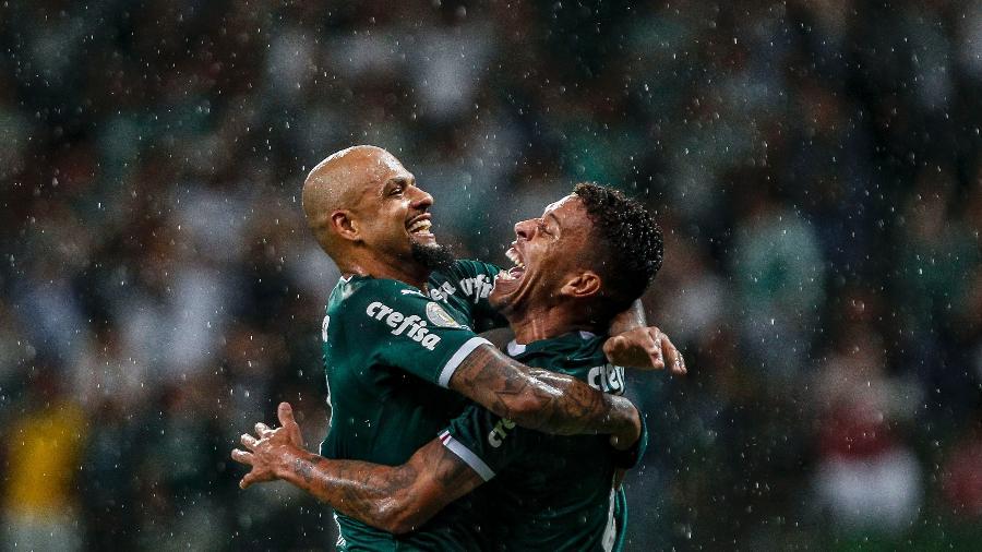 Felipe Melo e Marcos Rocha comemoram gol do Palmeiras contra o Fortaleza - Miguel Schincariol/Getty Image