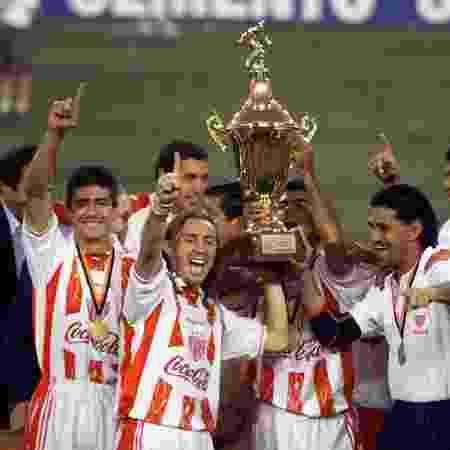 Necaxa foi campeão da Liga dos Campeões da Concacaf em 1999 - AFP