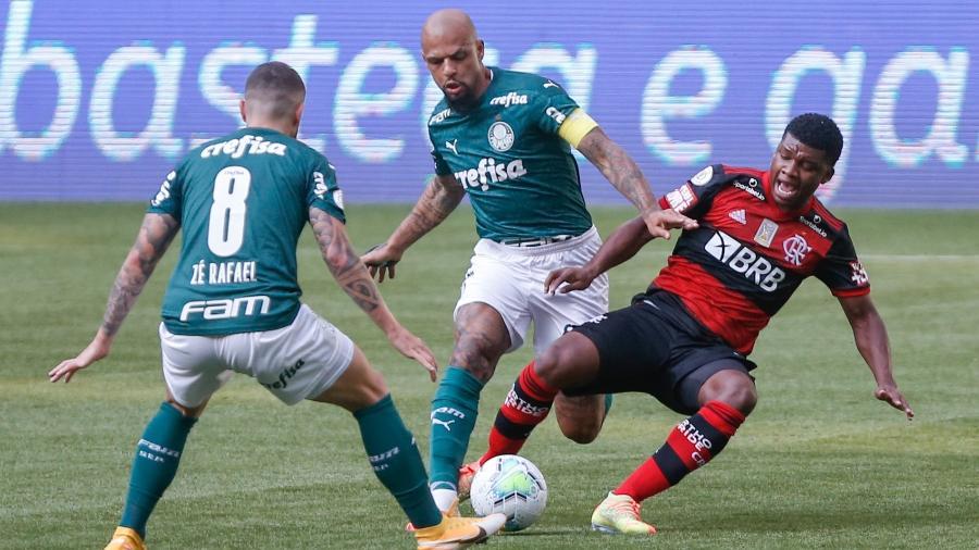 STJD: Flamengo se livra de multa por atraso de 22 minutos contra Palmeiras
