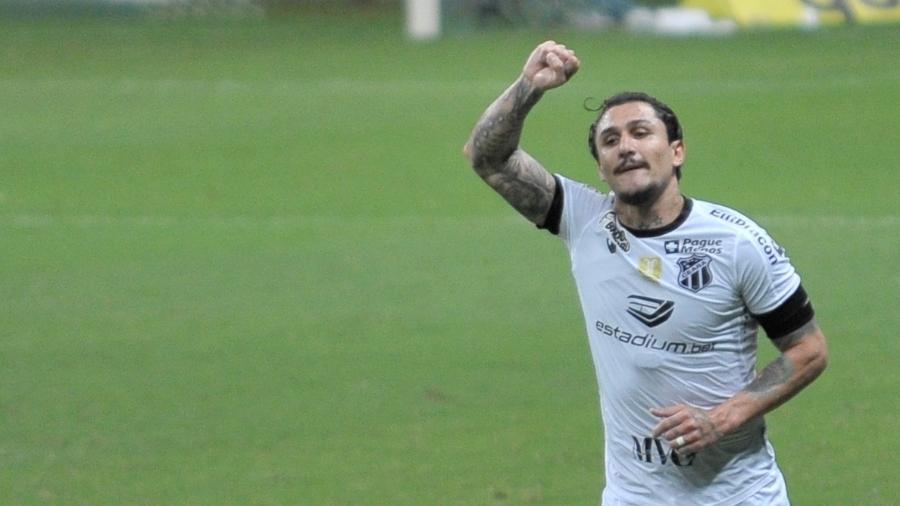 Vina comemora gol marcado pelo Ceará contra o Bahia em jogo do Brasileirão 2020 - Jhony Pinho/AGIF