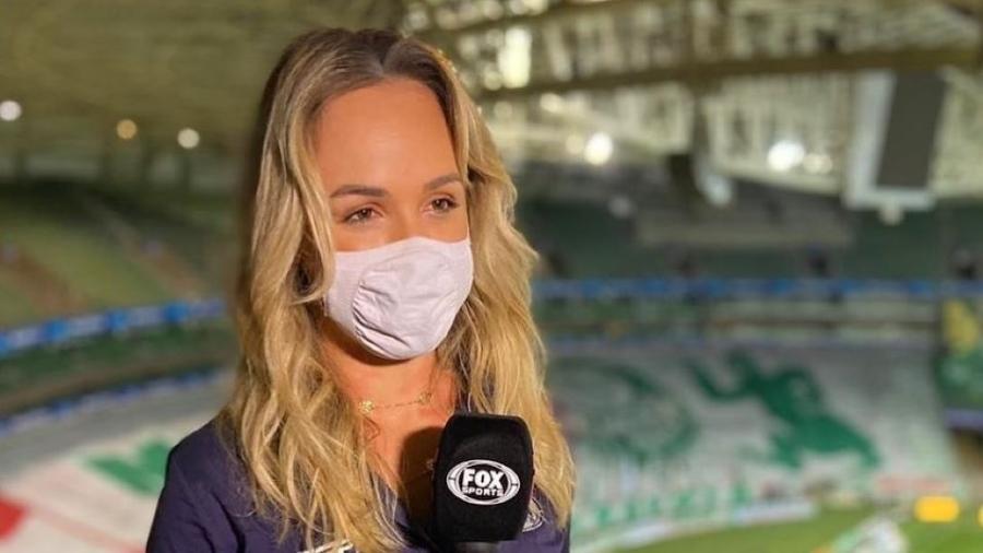 Bibiana Bolson na final da Libertadores, entre Santos e Palmeiras, antes de ser setorista do Verdão  - Instagram/bibianabolson