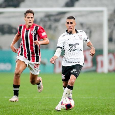 Gabriel, volante do Corinthians, completou 200 jogos com a camisa alvinegra no Majestoso, na Neo Química Arena - Rodrigo Coca/Agência Corinthians