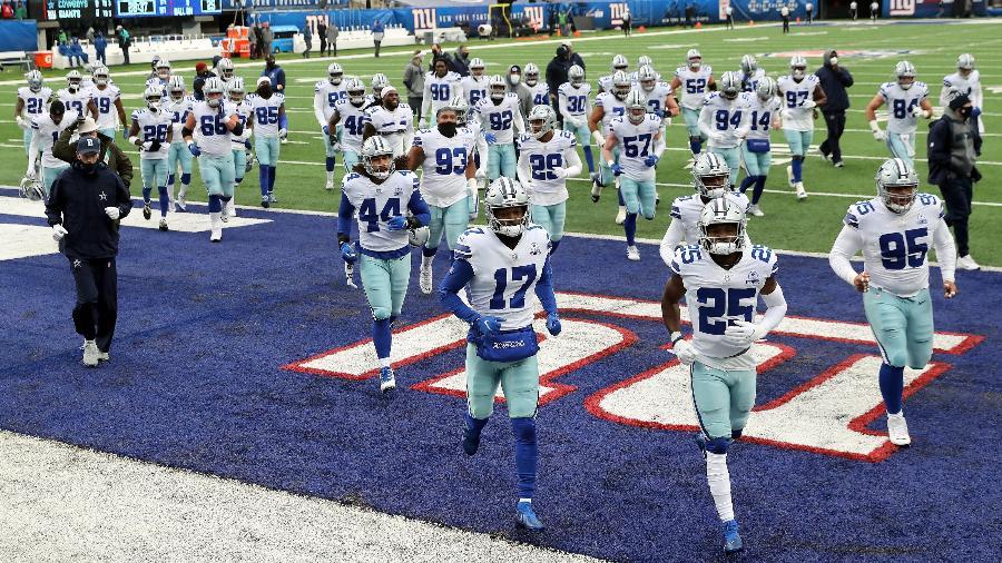 Dallas Cowboys durante jogo da NFL - Elsa/Getty Images