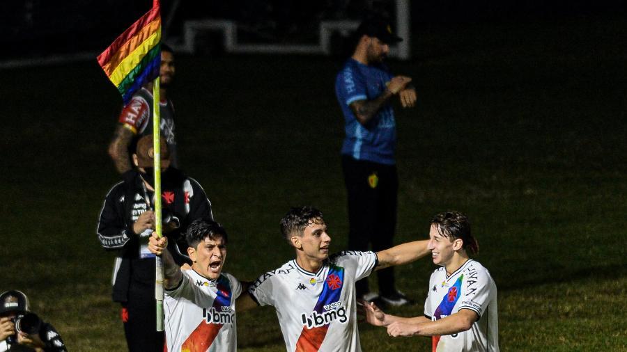 Cano celebra gol do Vasco contra o Brusque, pela Série B do Brasileiro - NAYRA HALM/AGÊNCIA O DIA/AGÊNCIA O DIA/ESTADÃO CONTEÚDO