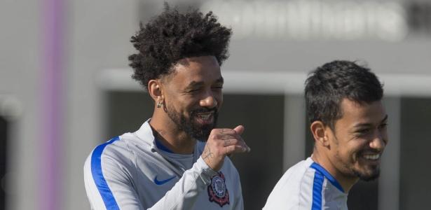 Cristian e Lucca, membros do Corinthians campeão em 2015, têm boas chances de saída